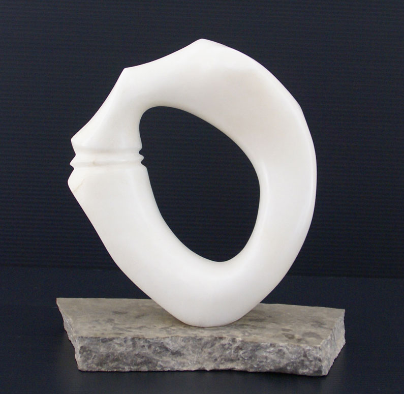Carved alabaster ring with knuckle